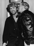 Comedy Writer and Film Director Mel Brooks Kissing George Michael Reproduction photographique