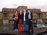 Royal Jubilee Hrh Queen Elizabeth II, Party at the Palace, the Corrs at Buckingham Palace, 2002 Fotografie-Druck