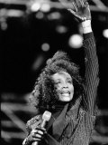 Whitney Houston at the Nelson Mandela Birthday Concert at the Wembly Stadium in London, June 1988 Fotografisk tryk