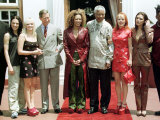 President Nelson Mandela and Prince Charles Meet the Spice Girls in Johannesburg, 1997 Fotografie-Druck