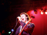 Tears for Fears Lead Singer Roland Orzabal Singing on Stage Fotografická reprodukce