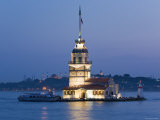 Kizkulesi, Bosphorus River, Istanbul, Turkey Photographic Print by Gavin Hellier