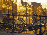 Bikes, Amsterdam, Holland Fotografie-Druck von Peter Adams