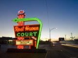 USA, Missouri, Route 66, Springfield, Rest Haven Court Motel Photographic Print by Alan Copson