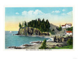 Rockland, Maine - View of the Owl's Head Lighthouse and Owl's Rock Posters