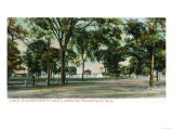 Wakefield, Massachusetts - View of Lake Quannapowitt and Lakeside Posters by  Lantern Press
