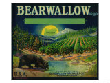 Bearwallow Apple Crate Label - Hood River, OR Posters