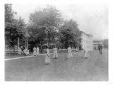 Girls Play Croquet at Carlisle Indian School Photograph - Carlisle, PA Affiches