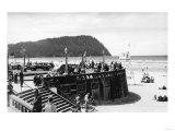 Seaside, Oregon Turnaround and Tillamook Head Photograph - Seaside, OR Print by  Lantern Press