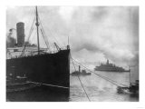 Tugboats Pull the Lusitania Photograph - New York, NY Posters by  Lantern Press