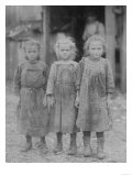 Oyster Shucker Girls in South Carolina Photograph - Port Roy, SC Posters af Lantern Press