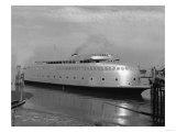 Kalakala Ferry Photograph - Seattle, WA Prints by  Lantern Press