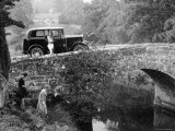 1930 Triumph Super 7 on a Stone Bridge in Rural England, 1930's Stampa fotografica