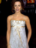 Actress Kate Beckinsale Arriving at the Cinema For Film Premiere of the Aviator Photographic Print