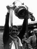Kenny Dalglish of Liverpool with FA Cup 1986 Photographie
