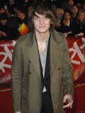 Paulo Nutini Arrives at the Brit Awards 2007 Photographic Print