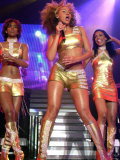 Destiny's Child Concert at Odyssey Arena with Beyonce Knowles, Kelly Rowland and Michelle Williams Fotografisk tryk