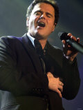 Donny Osmond Performing at the Odyssey Arena, February 2003 Photographie