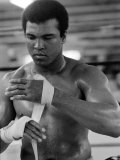 Muhammad Ali Training at His Pennsylvanian Mountain Retreat For His Fight Against George Foreman Reproduction photographique