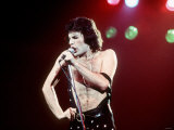 Freddie Mercury the Lead Singer of Queen June 1977 1970S Freddie Mercury Fotografisk trykk