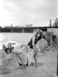 "Sophia Loren Filming ""The Millionairess"" at London Bridge, June 1960 Photographie"