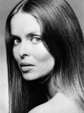 "Barbara Bach Plays the New Bond Girl, Anya, in ""The Spy Who Loved Me"" Photographie"