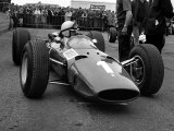 British Grand Prix 1965 Silverstone July 1965 John Surtees Sits in His Ferrari Number 1 Car Fotografisk tryk