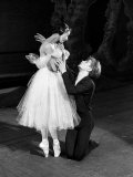 Rudolf Nureyev and Margot Fonteyn During Rehearsals at the Royal Ballet Covent Garden Lámina fotográfica