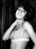 Shirley Bassey Pictured After Her Performance at the Capitol Theatre, Cardiff, 9th September 1967 Fotografie-Druck