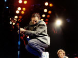Pete Townshend Lead Guitar Player of the Who in Concert on Stage Lámina fotográfica