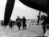 Spitfire Pilots Rushing to Fighter Planes to Meet German Aircraft, Battke of Britain, WWII Lmina fotogrfica