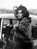 Italian Actress Sophia Loren Arriving at Crumlin Where She Filmed Scenes For the Film 'Arabesque' Papier Photo