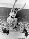 1948 London Olympic Games Balbir Singh Competes in the Long Jump Fotografisk tryk