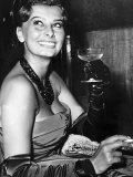Sophia Loren Actress at the Variety Club Charity Premiere of the Key in the Odeon Leicester Square Papier Photo