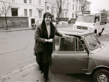 Paul Mccartney of the Beatles with His Mini Car 27th December 1967 Fotografiskt tryck