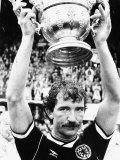 1989 Graeme Souness Rangers and Scotland Football Player with Sir Stanley Rous Trophy Fotografisk tryk