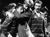 Aad de Mos Celebrating Goal with Johan Cruyff September 1982 Fotografisk tryk