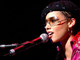 Alicia Keys on Stage at Clyde Auditorium in Glasgow, October 2002 Fotografisk tryk