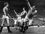 Kenny Dalglish Liverpool Football Player Celebrates Scoring Goal Against Manchester United Photographie