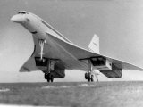 Maiden Flight of Concorde 002, the British Built Prototype of the Angle-French Supersonic Airliner Lámina fotográfica