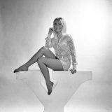 Danish Born Actress, Yutte Stensgaard. December 1969 Fotografisk tryk