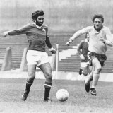 George Best in Action For Manchester United October 1973 Photographic Print