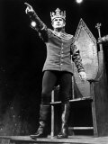 Ian Holm as Prince Hal in a Scene from the William Shakespeare Play Henry V. June 1964 Photographie