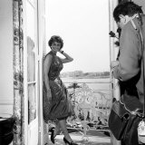 Italian Actress Sophia Loren with Photographer in Her Hotel Room at Cannes Film Festival, May 1958 Photographie