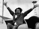 Comedian Ken Dodd at the Pleasure Beach at Blackpool Taking Part in 'The Big Show of 1964' Fotografie-Druck