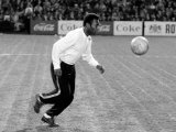Brazilian Football Star Pele Before the Santos Against Fulham Match March 1973 Fotografisk tryk
