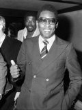 Brazillian Footballer Pele at Heathrow Airport on Route to Seychelles from Newyork February 1979 Fotografisk tryk