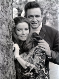 Country Singer Johnny Cash in Britain with Wife June Carter Reprodukcja zdjęcia