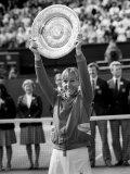 Martina Navratilova Wins the Wimbledon Womens Final 1982 Against Chris Evert on Centre Court Fotografisk tryk