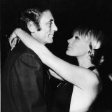 Elke Sommer German Actress Dancing with Her Husband Joe Hyams Fotografisk tryk